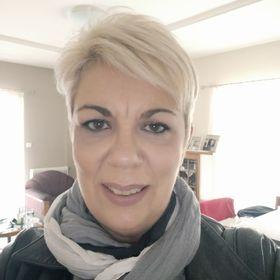 Anna Tsougkari