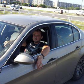 Vitaliy Tikhomirov