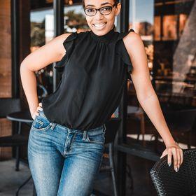 Cassia Marina | Brand Strategist & Web Designer