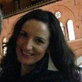 Sarah Tomasello