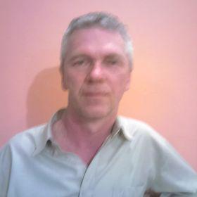 Robert Keszég
