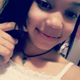 Naiê Yasmin