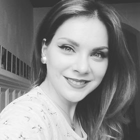 Alexandra Marie