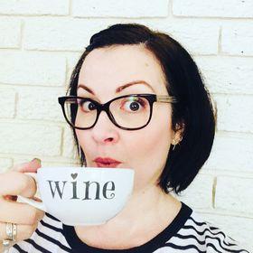 Ellie Zwanepoel | Blogger at wineinateacup.co.za