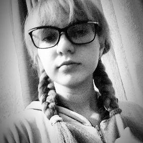 Ксения Лобкова