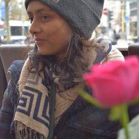 Esther Éo