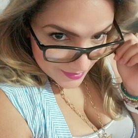 Angie Vásquez