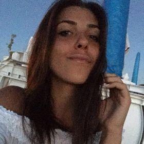 Esra Can