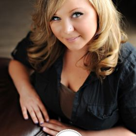 Emily Satnik Makeup Artist