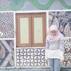 Alisha Safira