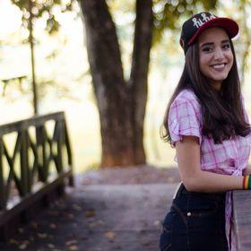Nicolle Yasmim