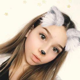 Ellie Drapalova