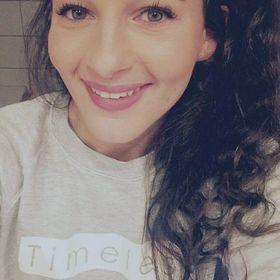 Nathalie Skoullos