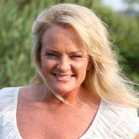 Intuitive Spiritual Teacher Jenn Royster