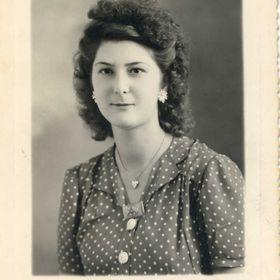 Renée R