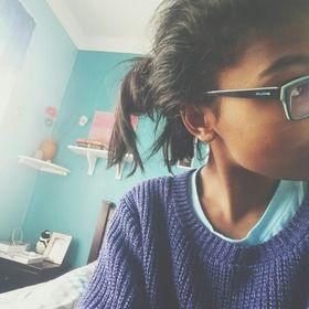 Kendra (Halcyon Chirp Blog)