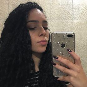 Brendha De Oliveira Becker