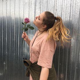 Vivien Virág