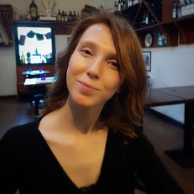 fefad94a886 Lisa Longo (redhairgirl83) on Pinterest