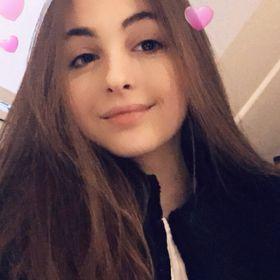 Lauren Christine