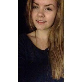 Hannah ✨'s Pinterest Account Avatar