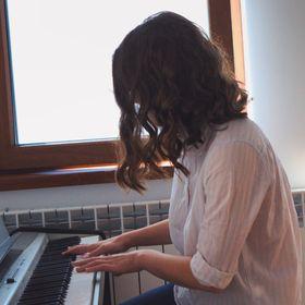 Alexandra Miriam