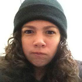 Denisse Flores P