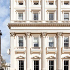 {10-11} Carlton House Terrace
