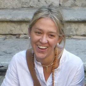 Claudia Riva