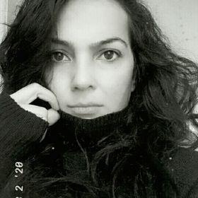 Esra ÖZAN ALBAYRAK