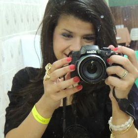 Leticia Santos