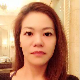 Rina Lok