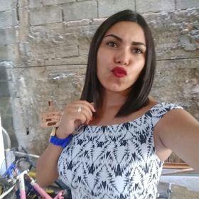 Emily Pontes