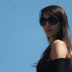 Roula Thomo
