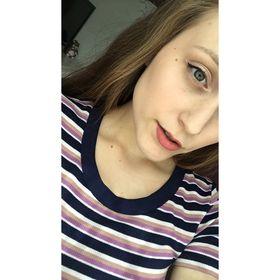 Chloe Mia