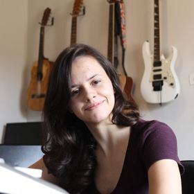 Priscila Borin