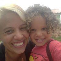 Andrea Maria Sousa Santana