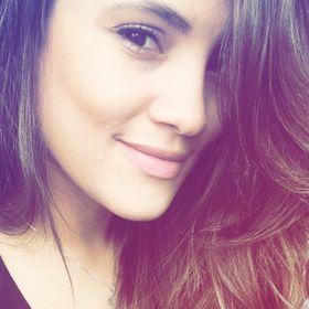 Camila Cecília
