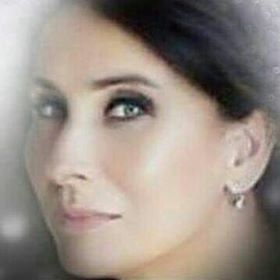 Júlia Zeller