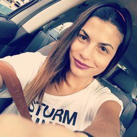 Ράνια Αμπατζόγλου
