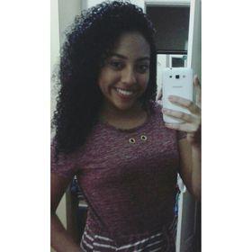 Julia Luiza