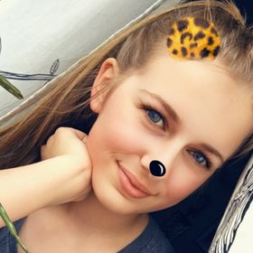 Liv Luna