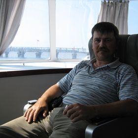 Игорь Лютоев