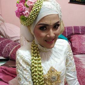 Dewi Naufiya