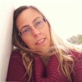 Claudia Carmo