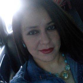 Claudia MO