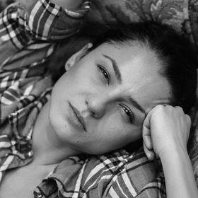 Alexandra Macri
