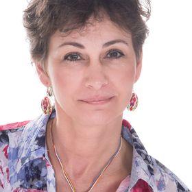 Anna Felföldi