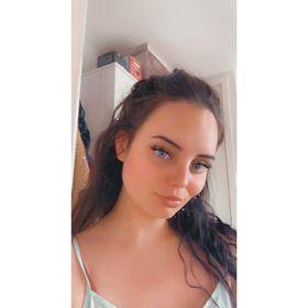 Chloe North