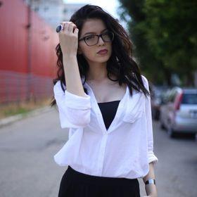 Laura Mihaela